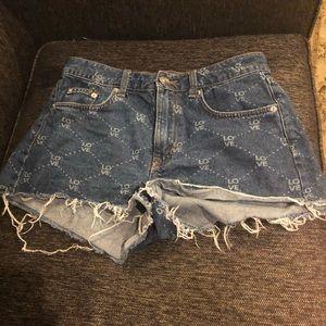 HM love shorts